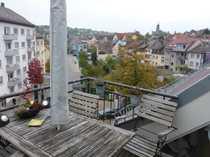 Stilvolle 1 5-Zimmer-DG-Whg mit Balkon
