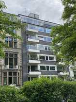 3 Zimmer Penthouse-Wohnung im Villen-Viertel