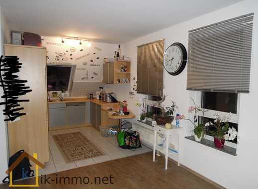 Helle 2-Zimmer-Maisonette-Wohnung mit EBK, Balkon + Duplex-Garage in Gelnhausen-OT RESERVIERT