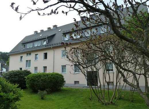 schöne und gemütliche Dachgeschosswohnung in ruhiger und zentraler Tallage in Bamenohl