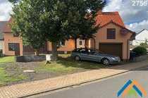 Modernisiertes Einfamilien-Landhaus mit Stallung Hof