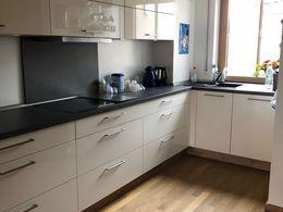 Küche_mit_EBK