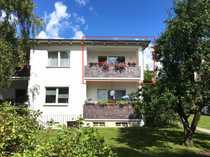 Bild Top Angebot! Bezugsfreie, wunderschöne, sonnige und ruhige 2,5 Zimmer Wohnung in Zehlendorf.
