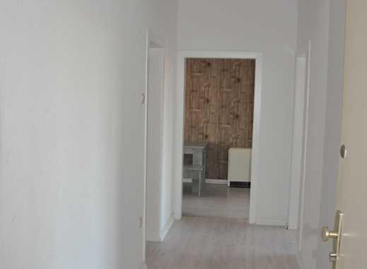 Ideal für die kleine Familie oder WG ist diese Wohnung mit Balkon!