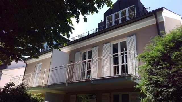 Waldtrudering, schicke, gepflegte DG-Wohnung in Trudering (München)