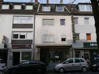 MFH mit 3 Wohnungen und einem Ladenlokal in guter Lage