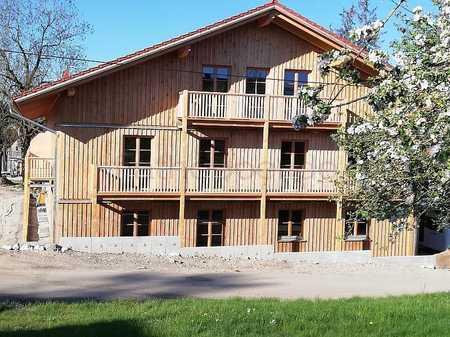 Gemütliches Apartment mit Terrasse im Holzhaus - Baiernrain bei Otterfing in Dietramszell