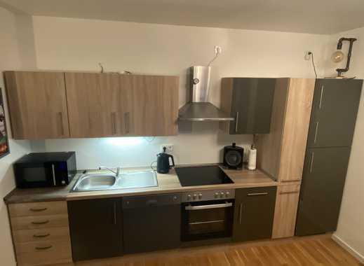 Stilvolle, neuwertige 2-Zimmer-Wohnung mit Balkon und EBK in Wiesbaden