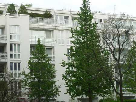 München, Innere Wienerstr., exkl. neumöblierte 3-Zi.Whng. offener EBK, Wintergarten, TG, Balkon in Haidhausen (München)