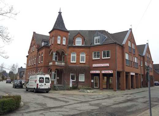 Gepflegte 1-Zimmer-DG-Wohnung mit Einbauküche im Herzen  Schönbergs
