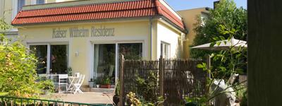 Großzügige,moderne Wohnung mit uneinsehbarer Terrasse + Garten am Kaiser Wilhelm Platz