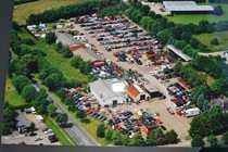 Bild Autoverwerter, KFZ Recycling, Entsorgung, 25000qm Grund mit Wohnhaus u.Schwimmhalle