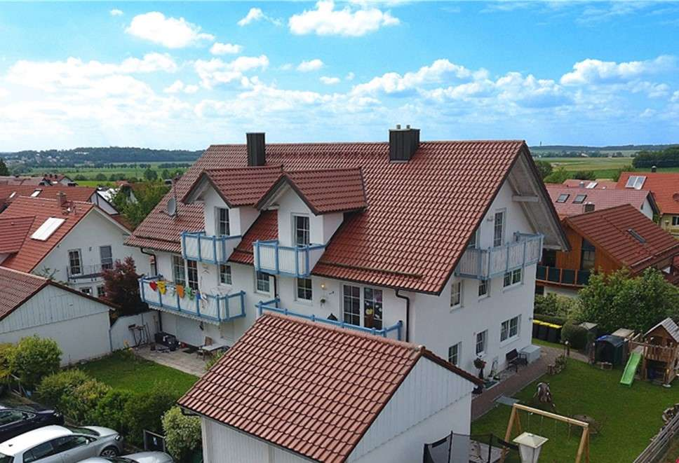 *Top Lage, Top Wohnung, Top Preis! 3 ZKB inkl. Garage, 2 Stellplätzen & Küche* in
