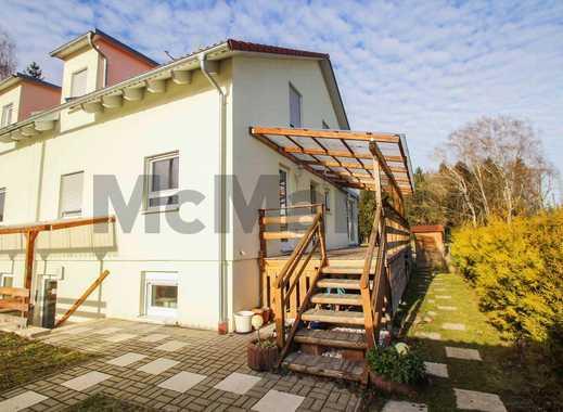 Familientraum im Münchener Umland: Neuwertige DHH mit Terrasse, Garten und Fußbodenheizung