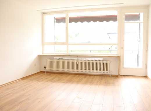 Neuer Boden + frisch gemalert: 3,5-Zi-Whg mit Balkon und Garage - frei ab 1.12.!