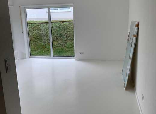 Erstbezug mit Balkon: freundliche 2,5-Zimmer-Erdgeschosswohnung in Montabaur