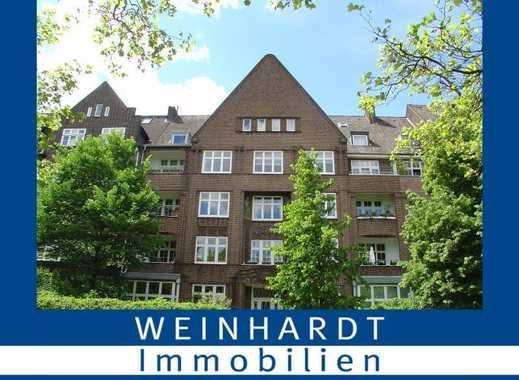 Renovierte 7,5- Zimmer Altbauwohnung mit Elbnähe im beliebten Hamburger Stadtteil Ottensen