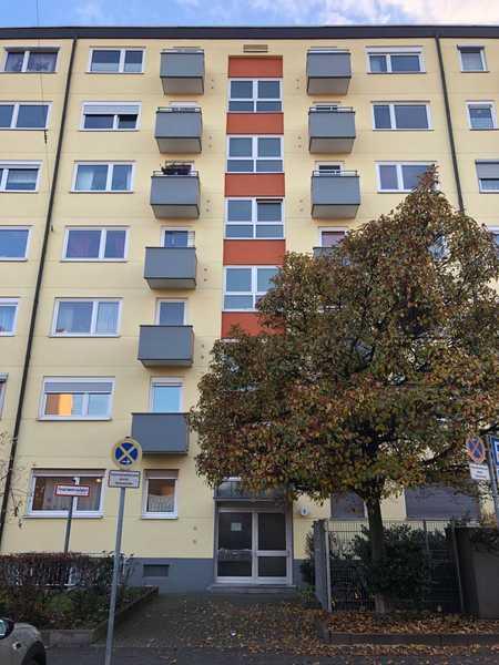 Geschmackvolle 1-Raum-Wohnung mit Balkon und Einbauküche in Nürnberg Maxfeld in Maxfeld (Nürnberg)