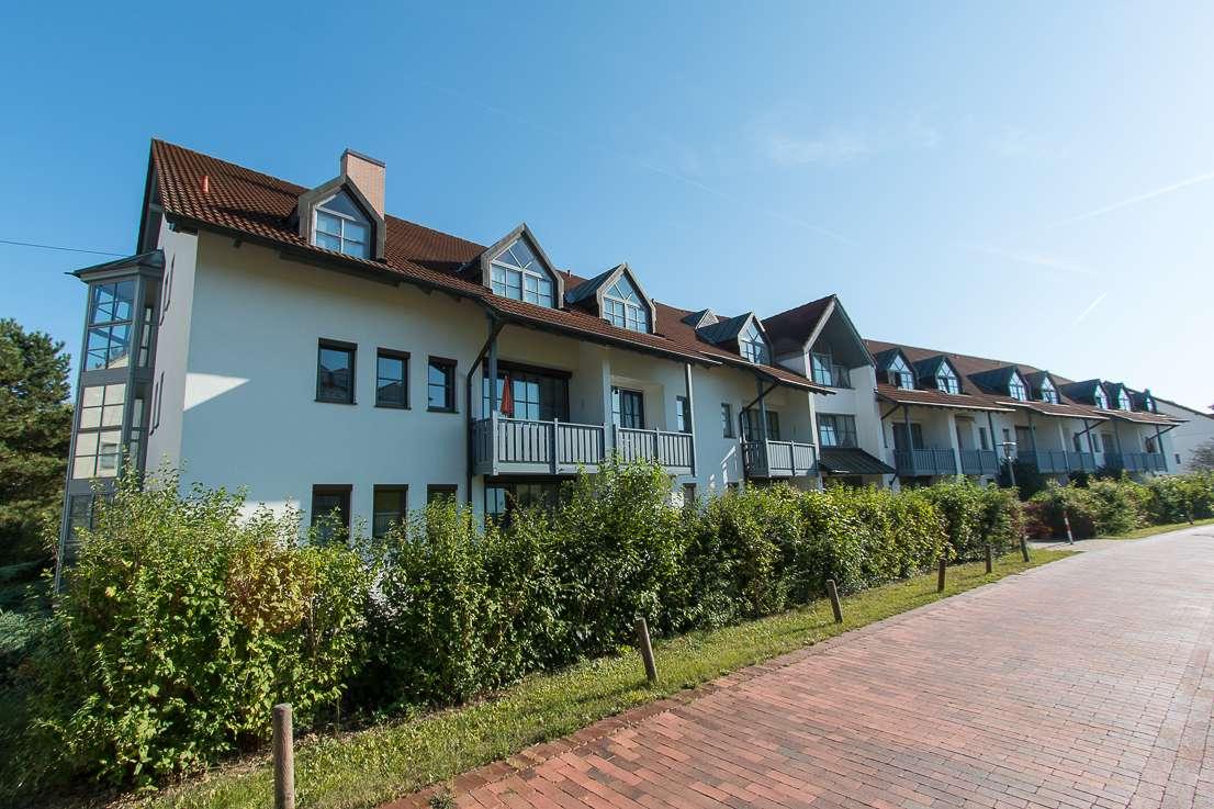 1-Zimmer Appartement in herrlicher Lage mit Südbalkon, Kfz-Stellplatz und Kellerabteil!!!