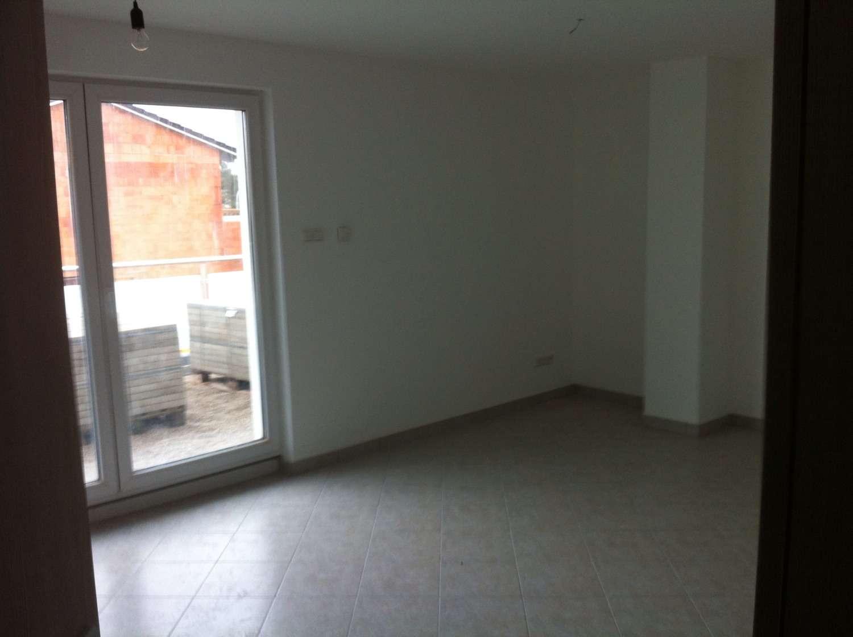 Neuwertige 3-Zimmer-Wohnung mit großen 42qm Balkon in Sankt-Ägidius-Straße, Freising-Pulling in Freising