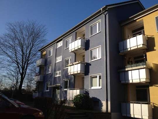 hwg - Geräumige 3- Zimmer Wohnung im Erdgeschoss zu vermieten!