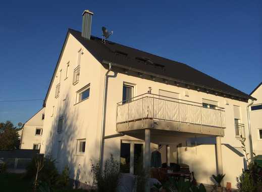 Exclusive 3,5 Zimmer Wohnung mit großem Balkon, Garage/2 Stellplätze