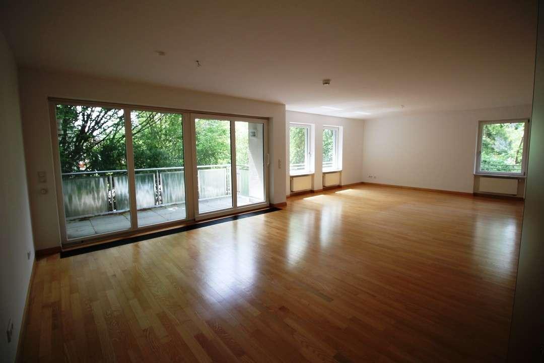 *provisionsfreie 3,5 Zimmer Wohnung in Fürth-Dambach*