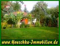 Bauland mit kleinem massiven Haus