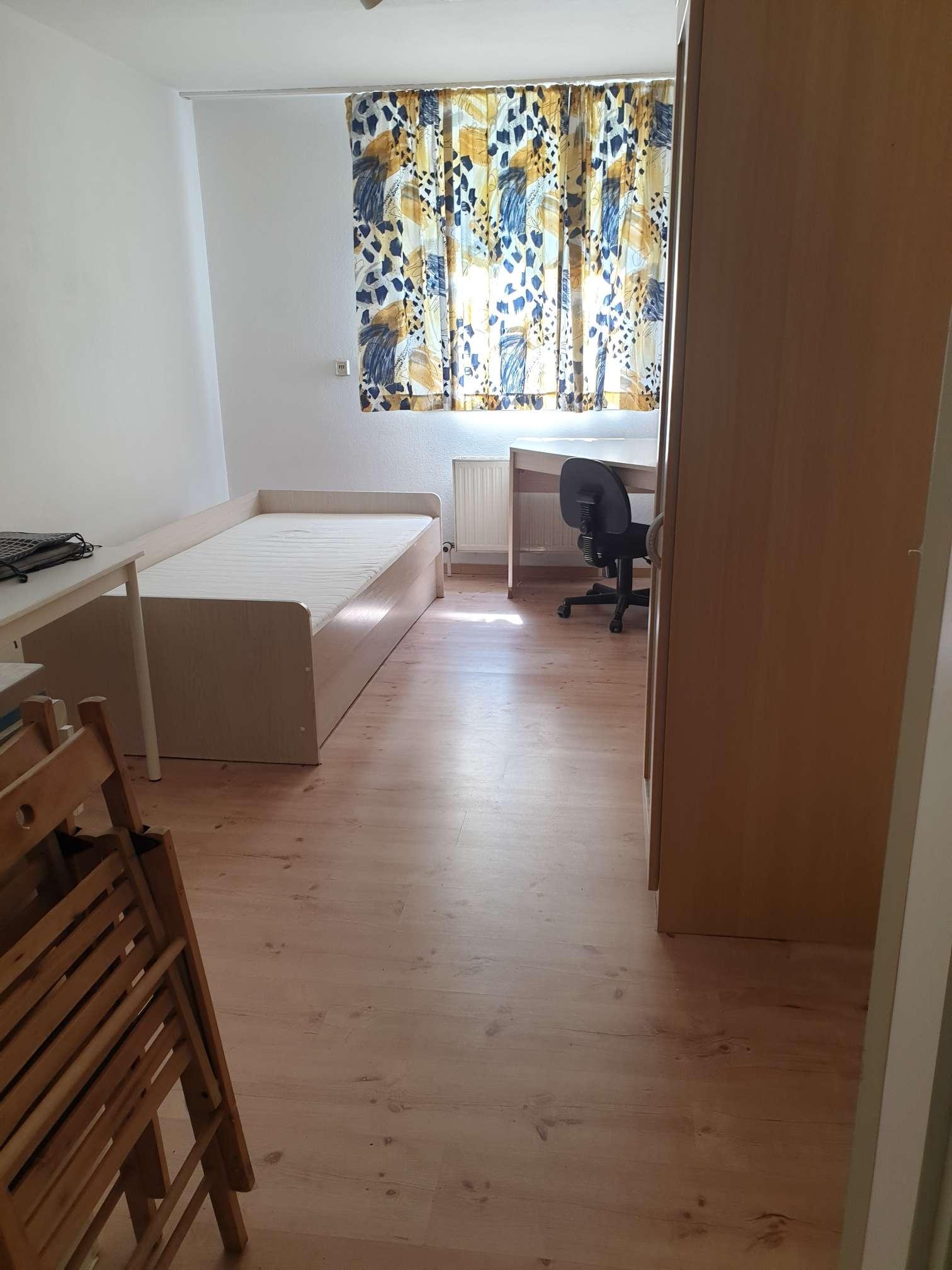 Möblierte 1-Zi.-Wohnung mit Kleinküche, Wfl. ca. 18 m²