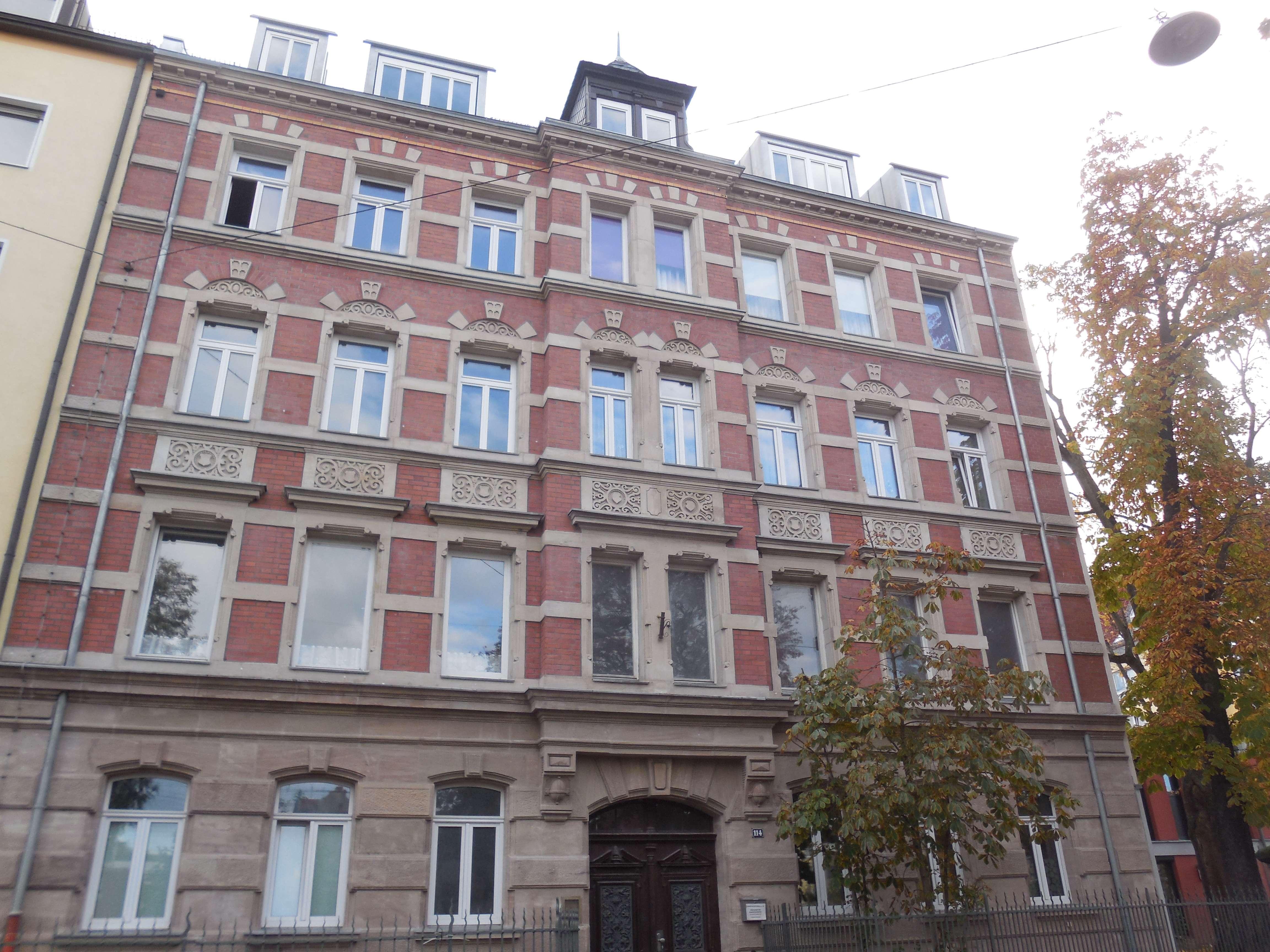 Erstbezug! Wohntraum - 2 Zimmer Dachgeschosswohnung mit Terrasse zu vermieten in Südstadt (Fürth)