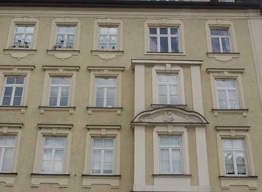 Exklusive, helle 3-4 Zimmer Altbau Erstbezug - BALKON - Denkmalgeschütztes Haus