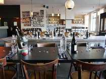 Modernes italienisches Restaurant mit Stil