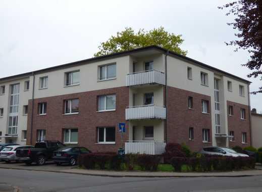 von privat, Mehrfamilieneckhaus mit 15 Wg, 4 Einzelgaragen, 11 Außenstellplätzen, voll vermietet
