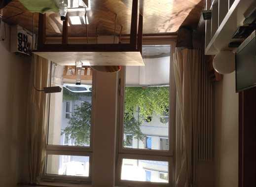Ruh., helles Zimmer frei in 4er WG (2F, 62 u 67;1M, 67), suchen M, Pendler o. ruh. Stud., verkehrsgü
