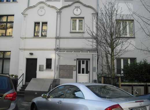 Exklusive, vollständig renovierte 1,5-Zimmer-Wohnung mit sep. EBK in Düsseldorf Oberkassel