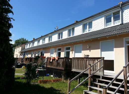 2 Zimmer mit Terrasse, Einbauküche, ruhige Lage und trotzdem zentral