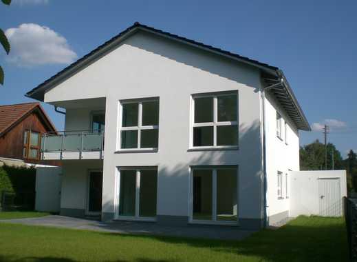 Neues und familiengerechtes 2-Familienhaus in verkehrsgünstiger Lage in Vogelsang (Neusäß-Steppach)