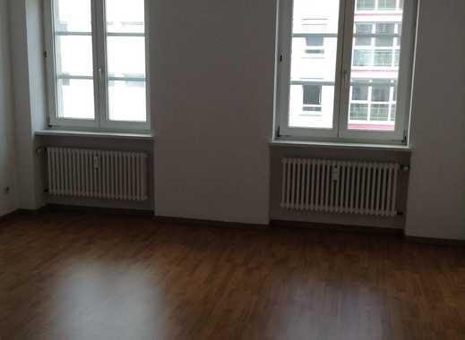 Ihre helle Altbauwohnung mitten in Frankfurt