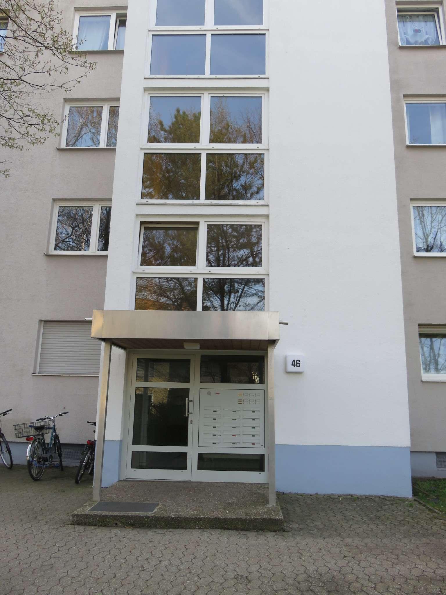 Schöne, familienfreundliche 4-Zimmer-Wohnung mit Loggia direkt am Fußballstadion zu vermieten in Ronhof / Kronach (Fürth)
