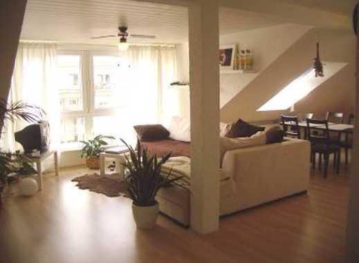 Sonnige und ruhige Dachgeschosswohnung im Stuttgarter Westen, 53 m², 2 großzügige Zimmer und EBK