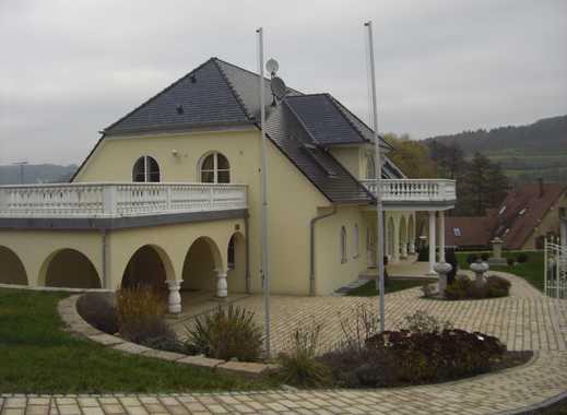Außergewöhnliches luxuriöses Villenanwesen in Igensdorf - Landkreis Forchheim
