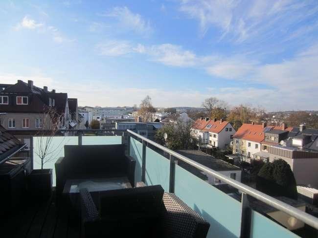 2,5 Zimmer Dachterrassenwohnung mit Blick über Landshut an der Flutmulde in Nikola