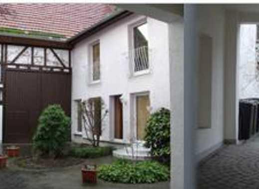 Schöne ruhige und lichtdurchflutete drei Zimmer Wohnung in Kostheim