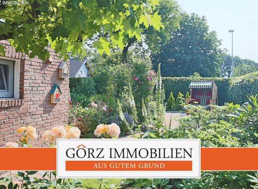 ***RESERVIERT***Großes Einfamilienhaus mit Photovoltaikanlage und Wintergarten in Spielstraße