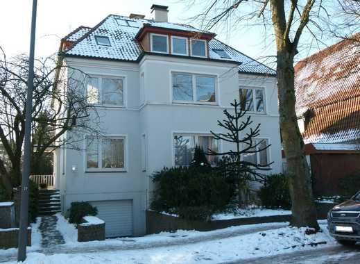 Sonnige, gepflegte 4-Zimmer-Wohnung mit Balkon und EBK in Hamburg-Heimfeld