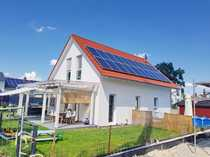 Neuwertiges energiesparendes OKAL-Fertighaus zu verkaufen