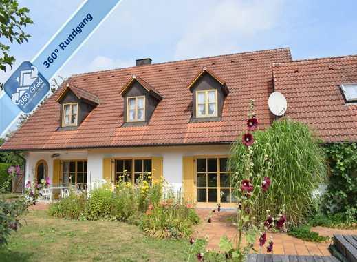Im privaten Bieterverfahren: großzügiges Einfamilienhaus mit ELW (Nähe M und IN)
