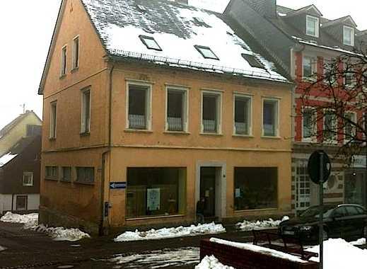 VON PRIVAT ! - Wohn- und Geschäftshaus mit angebautem EFH zentral in Birkenfeld