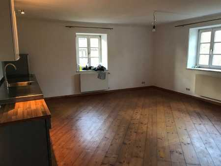 Tolle große 2 Zimmerwohnung mit Einbauküche! in Dingolfing
