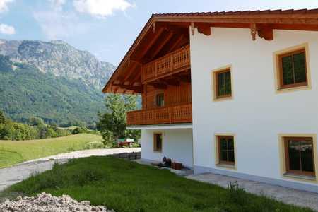 Neubau-Erstbezug. 2 Zimmer-Maisonette Wohnung in wunderbar ruhiger Lage mit herrlichem Ausblick. in Bad Reichenhall